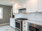 413 Lonsdale 10